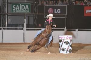 Daiane Sudário conquista etapa do Super Horse 3 Tambores em Jaguariúna  A líder do campeonato e campeã de 2011 levou R$ 6 mil em prêmios e uma viagem para Cancun  Com o pai na torcida, Daiane Sudário levou ...