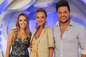 Os sertanejos Thaeme e Thiago farão uma participação especial no Programa da Eliana, neste domingo, dia 14. A dupla cantará ...
