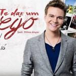 """Na última terça-feira, dia 27/05, o cantor Michel Teló lançou o clipe de sua atual música de trabalho """"Te Dar Um Beijo"""" (abaixo). O roteiro e direção são de Fernando Hiro. A faixa é uma versão de """"Darte Un Beso"""", ..."""