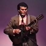 """""""Trem de Lata"""", Linda canção de Almir Sater e Renato Teixeira, interpretada pelo próprio Almir (viola de dez cordas e ..."""