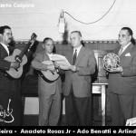 Olá amigos do Sertanejo Oficial e amantes da música sertaneja, vamos continuar contando um pouquinho da história da nossa música ...