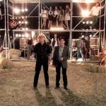 Depois de terem estreado em um programa de calouros, a convite do próprio Silvio Santos, em 1986, a dupla sertaneja ...