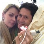 Depois de sofrer um AVC e ser internado na última segunda-feria (29) no Hospital Albert Einstein, o cantor Gian recebeu ...
