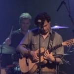 """O violeiro Yassir Chediak disponibilizou na noite desta terça-feira (04) sua nova música de trabalho. Intitulada """"Amuleto"""", a faixa é ..."""