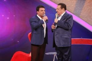 """No próximo sábado (21), Raul Gil recebe Eduardo Costa no quadro """"Elas Querem Saber"""". Durante o bate-papo, Eduardo fala sobre ..."""
