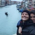 """Chegou ao fim as férias do sertanejo Michel Teló e da atriz Thais Fersoza. O casal encerrou a viagem pela Europa em Veneza, conhecida pela sua história, canais, museus, monumentos e todo romantismo que traz consigo. """"Que viagem excepcional! Passando ..."""