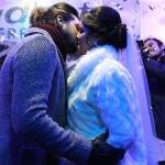 Luan Santana beija fã durante 'casamento' em festa de São João