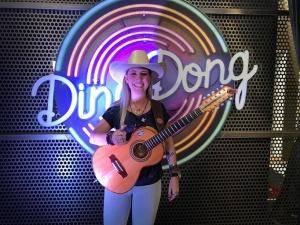 A cantora Bruna Viola foi destaque no primeiro Ding Dong de 2018. O quadro faz parte do Domingão do Faustão e é uma das principais apostas do programa. Em homenagem à dupla Tonico eTinoco, Bruna se apresentou cantando o sucesso ...