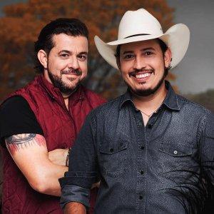 Sorriso disfarçado - Paulo Leite e Kaique lançam sua nova música de trabalho