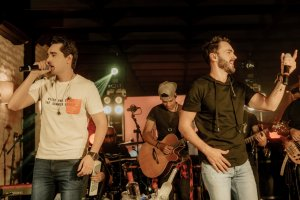 Rotina Velha - Sinésio e Henrique divulgam uma música do 'DVD Com Você No Topo'