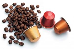 O mercado de café em dose única (café em cápsula) chegou há poucos anos no país e hoje representa apenas 2% do total das vendas, porém a expectativa é que este segmento cresça cerca de 18% em volume por ano, ...