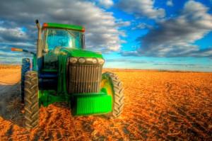 Os financiamentos concedidos para a agricultura empresarial entre julho de 2013 e março deste ano somaram R$ 117,06 bilhões, alta de 39,5% sobre o resultado obtido no mesmo período da temporada 2012/13. Do total, R$ 84,49 bilhões foram destinados às ...
