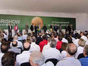 Os avanços tecnológicos no meio rural têm possibilitado ao Brasil firmar-se cada vez mais entre os principais produtores e exportadores ...
