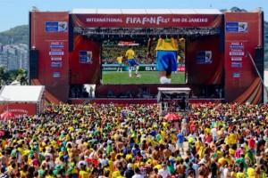 As Fan Fests realizadas durante a Copa do Mundo são uma ferramenta de marketing muito positiva tanto para a entidade que comanda o futebol mundial quanto para os patrocinadores. Os eventos, que serão realizadas pela quarta Copa consecutiva, prometem ser ...