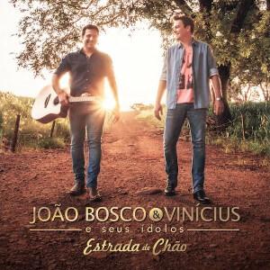 """A dupla sertaneja João Bosco e Vinícius divulgou na manhã desta quinta-feira (09), em suas redes sociais, a capa do novo CD""""Estrada de Chão"""",só com modões sertanejos e participações pra lá de especiais. O disco, que teve a produção de ..."""