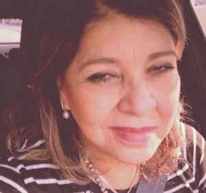 Roberta Miranda irá processar seguidor de rede social A cantora Roberta Miranda, que, na última sexta-feira (5) estava a caminho de Curitiba – PR, para um show, passou por uma situação desagradável, ao postar uma foto em uma rede social. ...