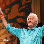 SR. Brasil 10 anos – De casa cheia Rolando Boldrin grava programa especial Caros amigos, na última segunda, dia 20 ...