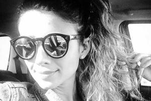A cantora Paula Fernandes anunciou ontem, em suas redes sociais, a novidade que os fãs já suspeitavam: vem álbum novo ...