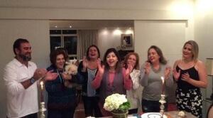 Aniversário de Roberta Miranda A cantora Roberta Miranda, considerada rainha do sertanejo, fez aniversário na última quarta-feira(28) e recebeu, em seu apartamento localizado na capital de São Paulo, amigos e parentes para celebrar seus 60 anos. A festa foi muito ...