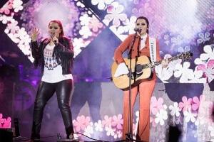 """Maiara & Maraisa divulgam vídeo de 'Cruzando os Dedos', a canção faz parte do projeto """"Agora É Que São Elas"""""""