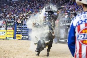 Guilherme Marchi –Final PBR Las Vegas 2016 O campeão mundial de 2008, Guilherme Marchi, finalizou o segundo round do BFTS (Built Ford Tough Series), campeonato mundial da PBR (Professional Bull Riders) dividindo o lugar mais alto do pódio com o ...
