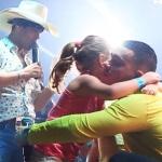 Vídeo do Encontro com PPA No final de dezembro, os sertanejosPedro Paulo e Alex realizaram um encontro de fãs em ...