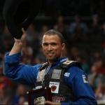 Etapa PBR de Jacksonville 2017 O competidor brasileiroEduardo Aparecido, deGouvelandia GO, continua sendo o destaque do início da temporada 2017 ...
