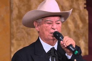 Morre o cantor Zé da Estrada