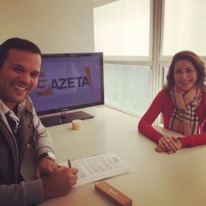 Padre Alessandro Campos assina contrato com a TV Gazeta