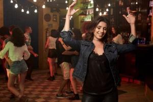 Paula Fernandes lança o single e o clipe de sua mais recente composição, que traz um ritmo com influências latinas
