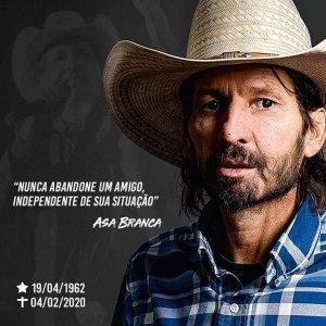 Morre Asa Branca, um dos maiores locutores de rodeio do Brasil Waldemar Ruy dos Santos, o Asa Branca, um dos ...